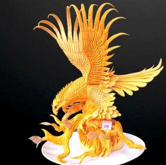 雕刻作品-雄鹰展翅