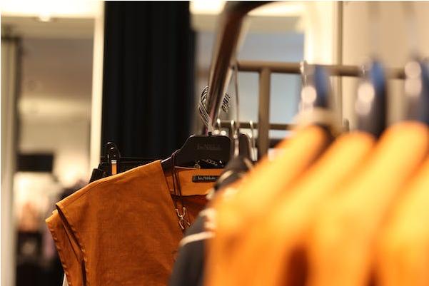 【干货】开街边服装店:陈列能够解决店铺90%的问题_2