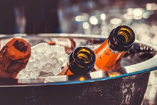 低价抛货、价格倒挂……进口葡萄酒生意还能做么?_7